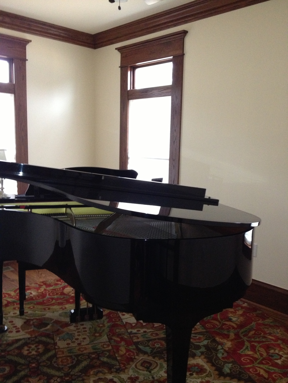 photo.JPGpiano room2 - Copy.jpg