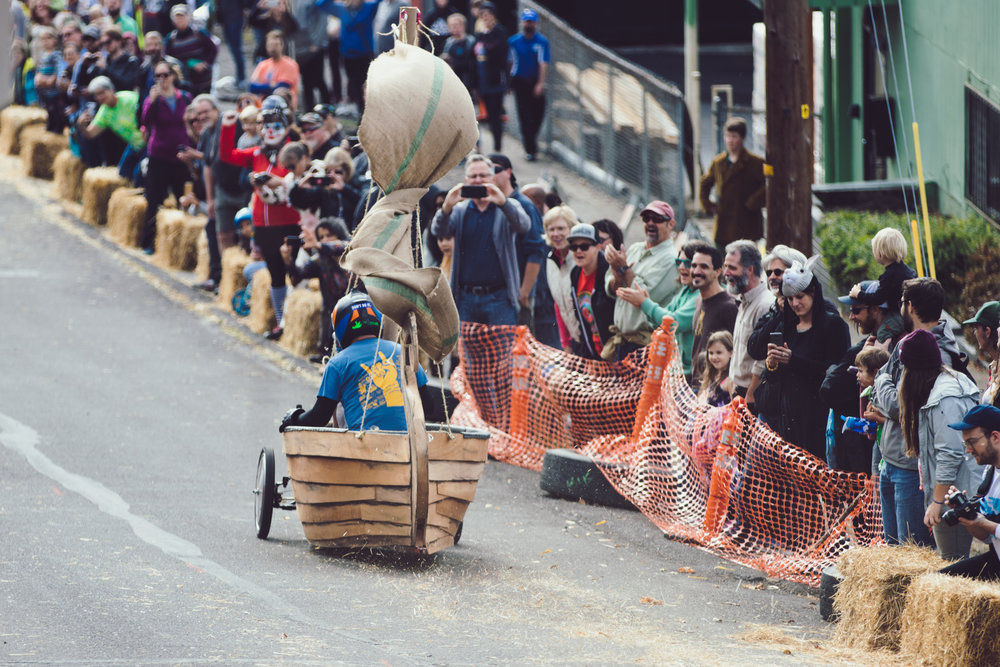 Coffin Races - 181027 - 3442.jpg