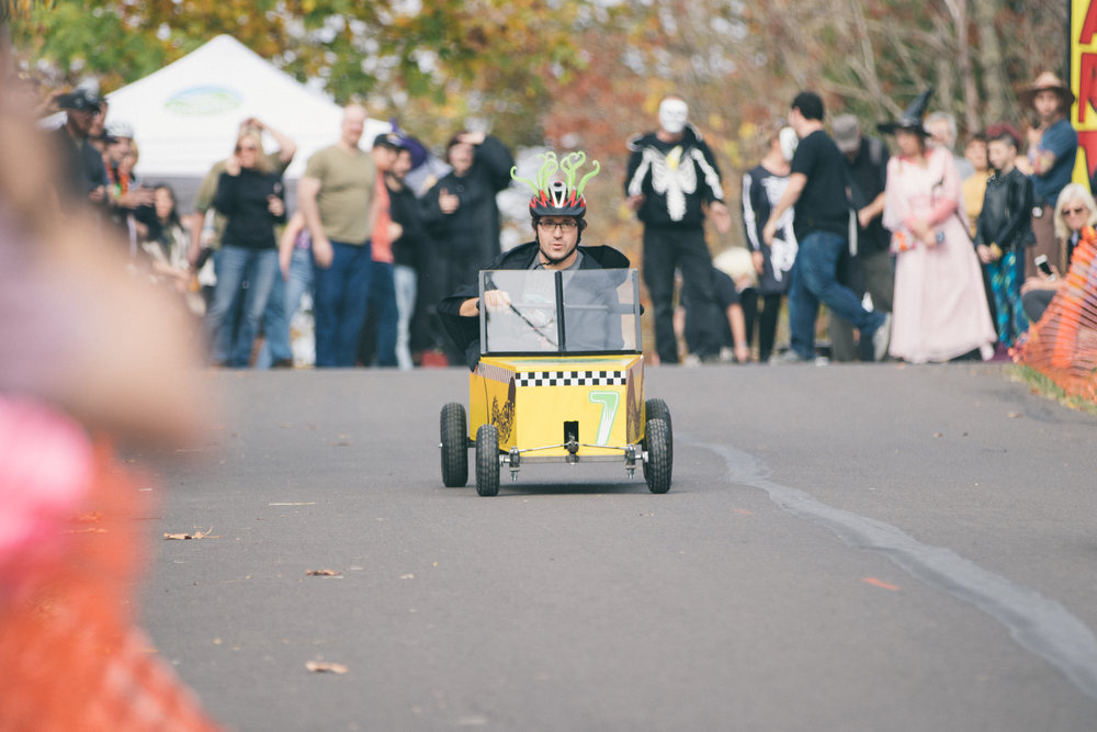 Coffin Races - 181027 - 3924.jpg