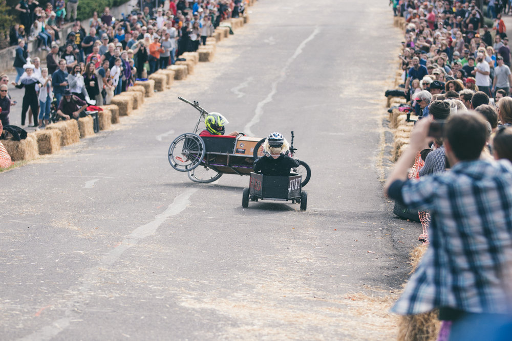 Coffin Races - 181027 - 3982.jpg