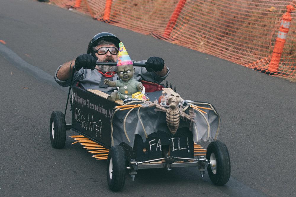 Coffin Races - 181027 - 4011.jpg