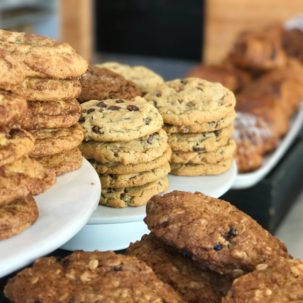 Dozen Bakery Cookies 3_Kate Hinrichs.JPG