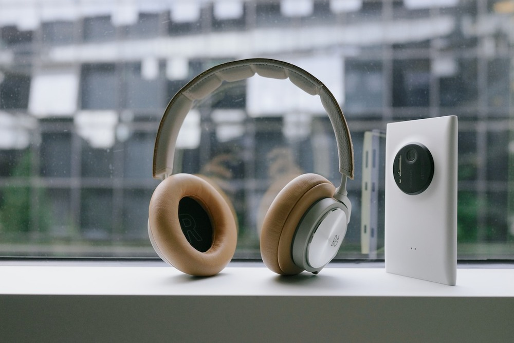 bang and olufsen h6 headphones. i\u0027ve been listening to these headphones for a minimum of 6 hours day. i don\u0027t think this fascinated, confused and thoughtful about doing bang olufsen h6