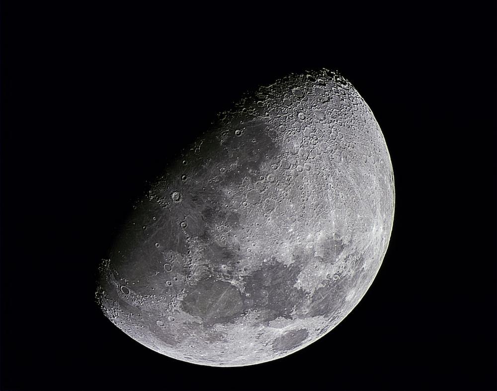 moon8-10-big.jpg