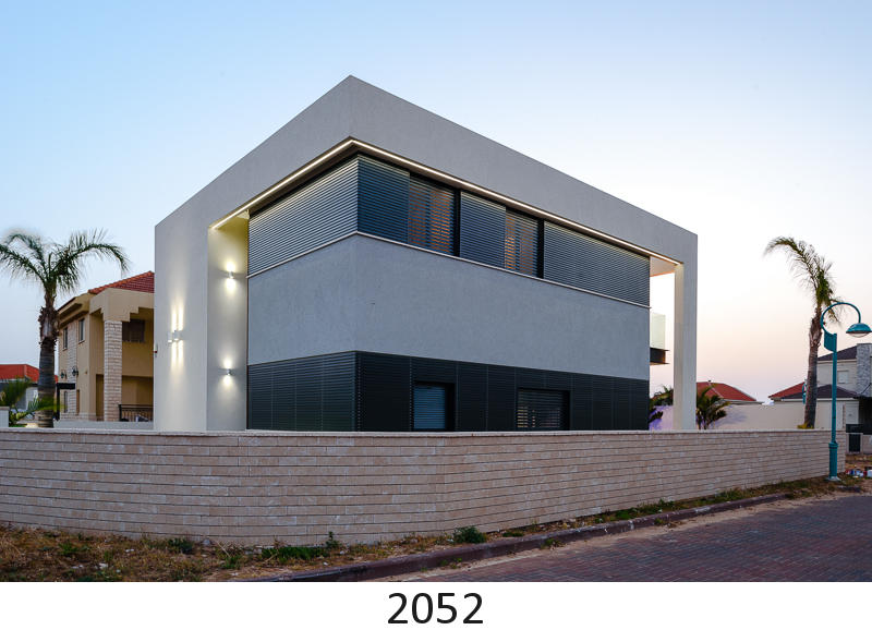 2052.jpg