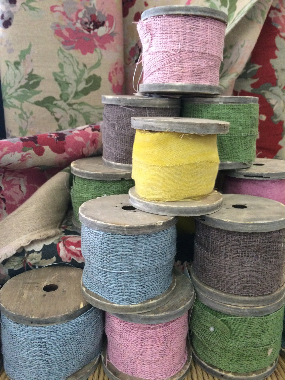 decorative ribbon spools