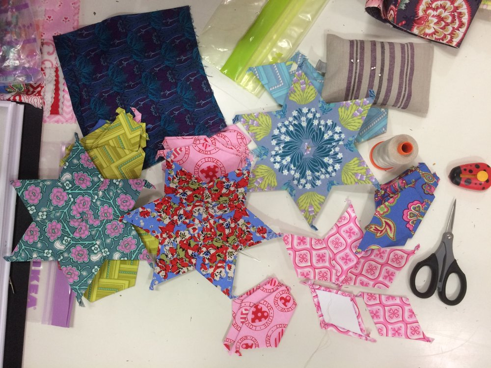 Mary-Ann has started her 'margstars' (as well as finishing off many quilt tops recently).