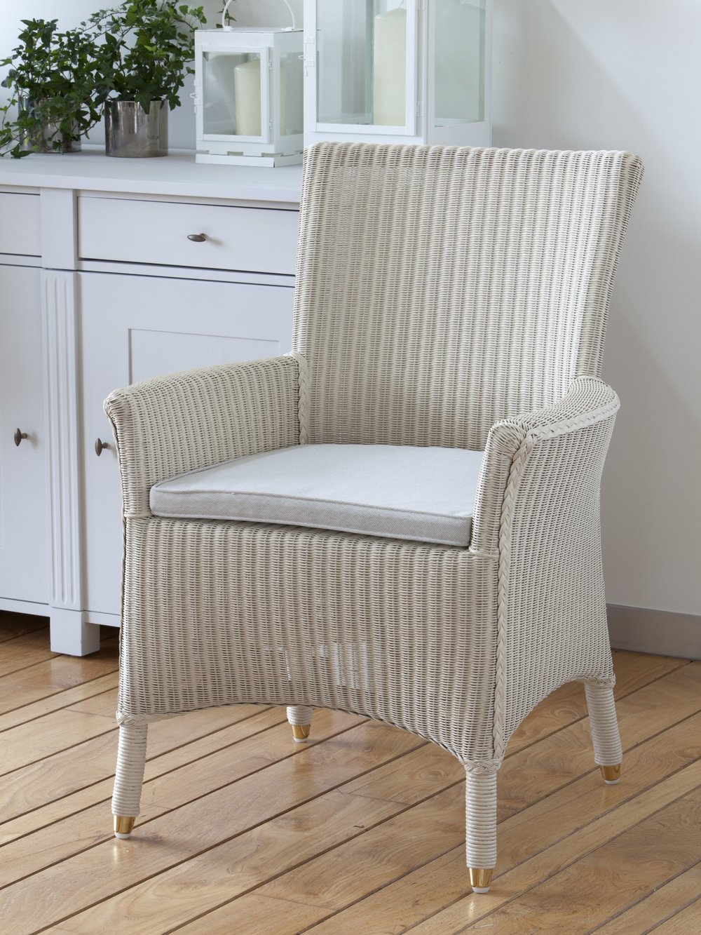 ZMA004-Loom chair with arms