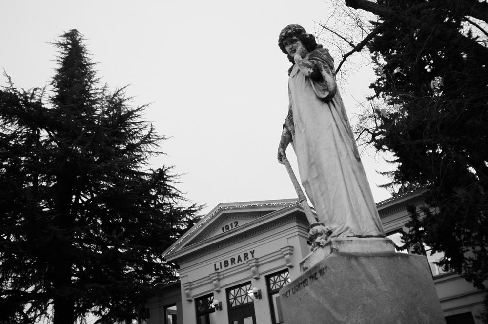 Ashland_2012-11-24_17-20-30__DSF1964_©JosephLinaschke2012.jpg