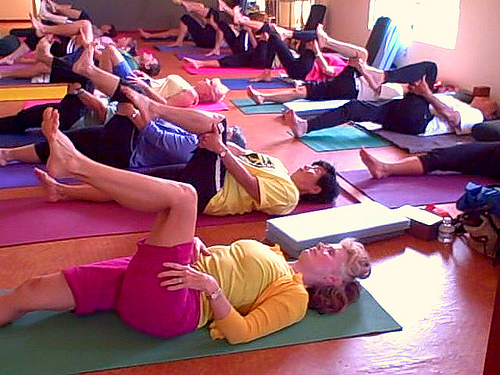 A Wednesday morning class at Kona Yoga.