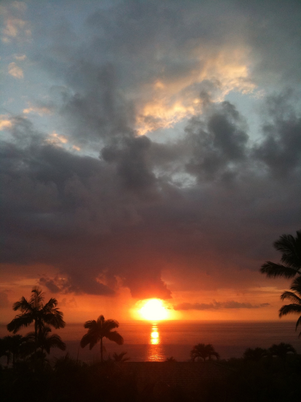 Sunset August 30, 2011. Keauhou, Kona, HI