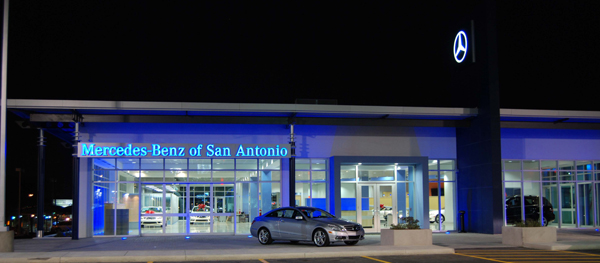MercedesBenzSanAntonio10.jpg
