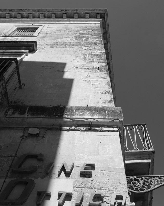 Lecce is gorgeous 😍 #puglia #lecce #b&w