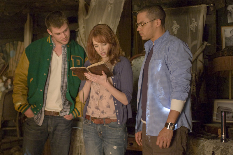 The-Cabin-in-the-Woods_Chris-Hemsworth-Kristen-Connelly-jeans-Jesse-Williams_Image-credit-Lionsgate-001.jpg