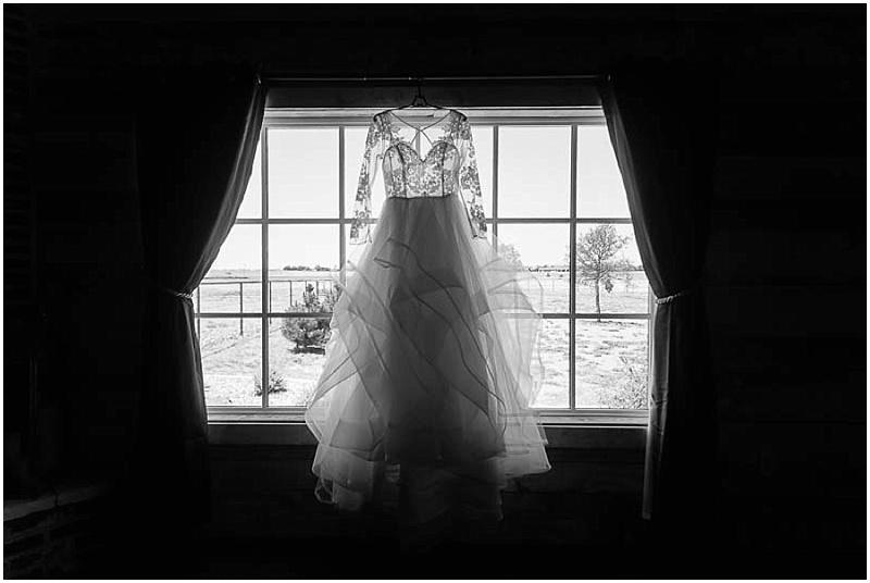 LissaAnglin_Eberley_WeddingPhotographer002.jpg