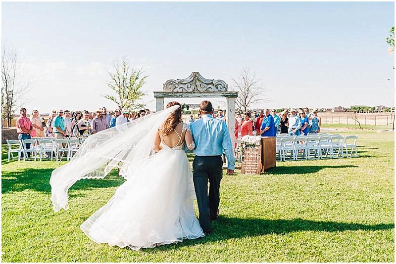 LissaAnglin_Eberley_WeddingPhotographer030.jpg