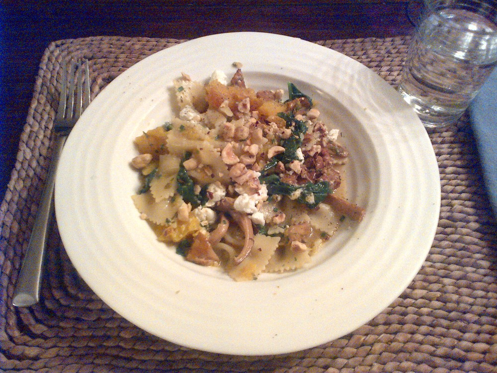 This grainy Bberry pic doesn't do justice to the crazy deliciousness of this hazelnut and chanterelle fresh pasta Heidi made