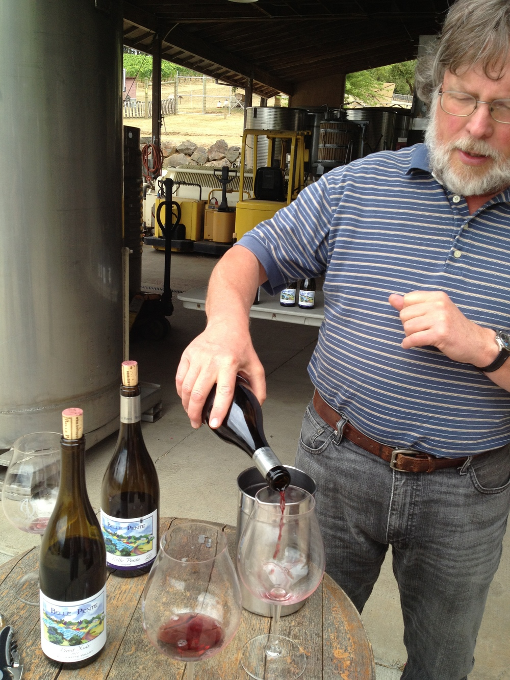 Quick stop to meet Brian O'Donnell and taste his wines at Belle Pente (Bell Pont) Winery.