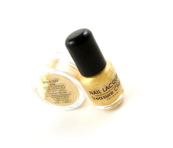 Gold Eye Shadow and Nail Lacquer Set