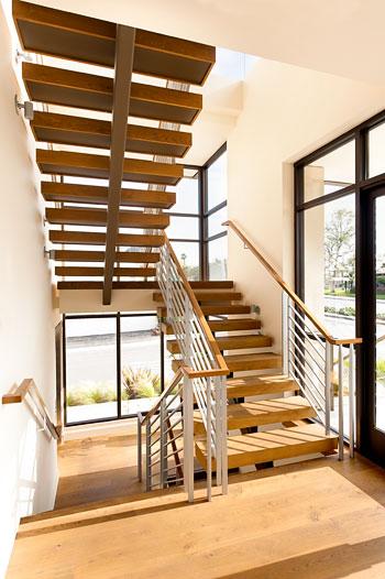 TDG_Stair