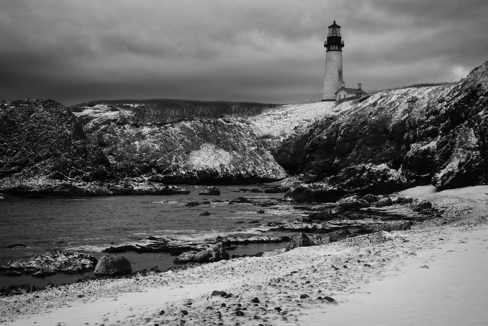 Yaquina Head Lighthouse Snowy Beach 2013-6.jpg