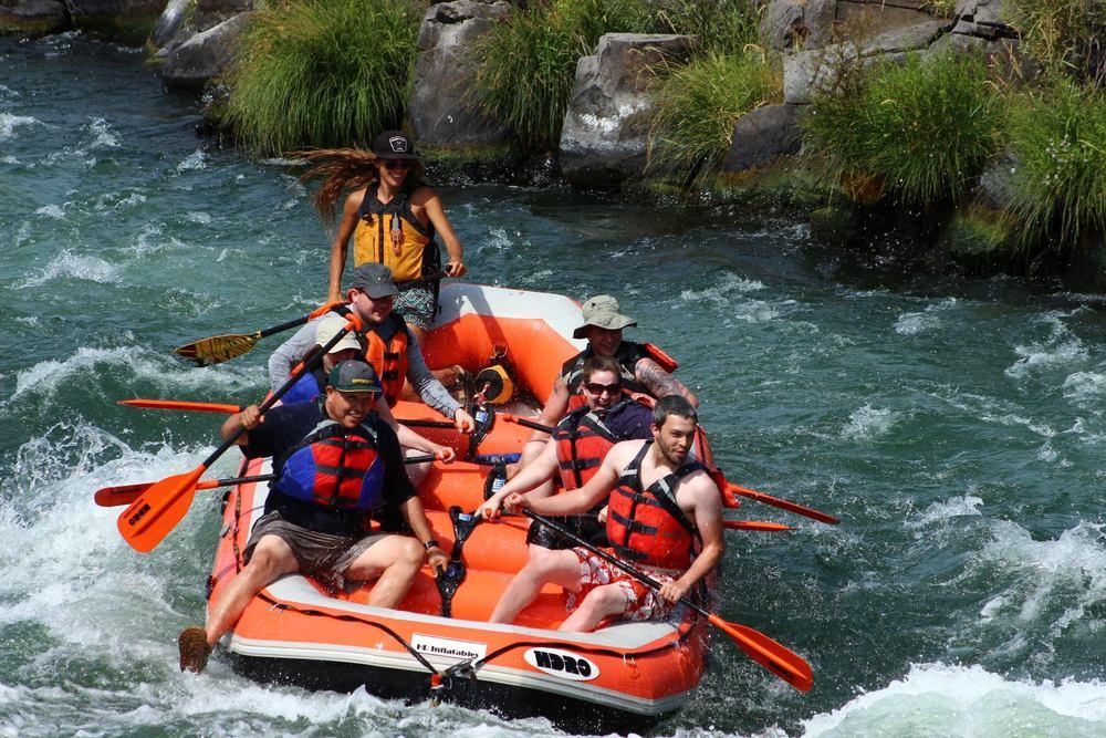 Deschutes rafting7.jpg