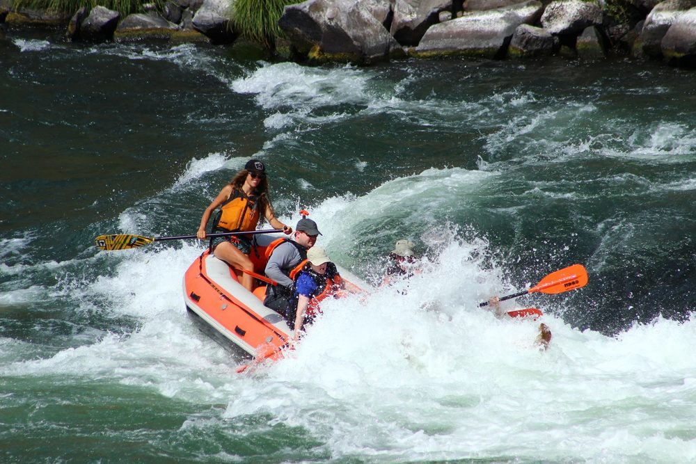 Deschutes rafting.jpg