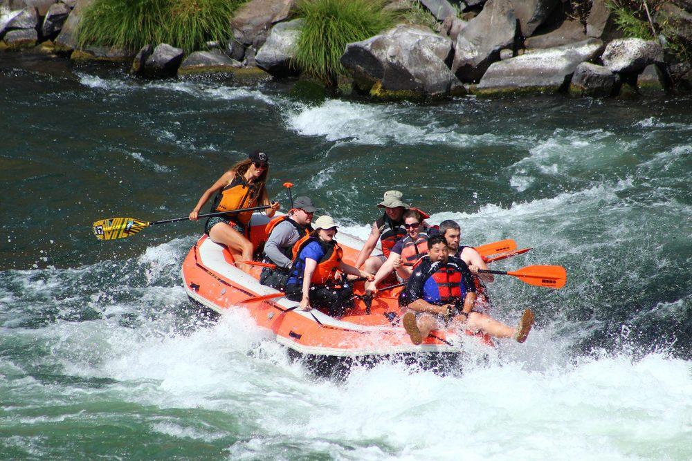 Deschutes rafting2.jpg