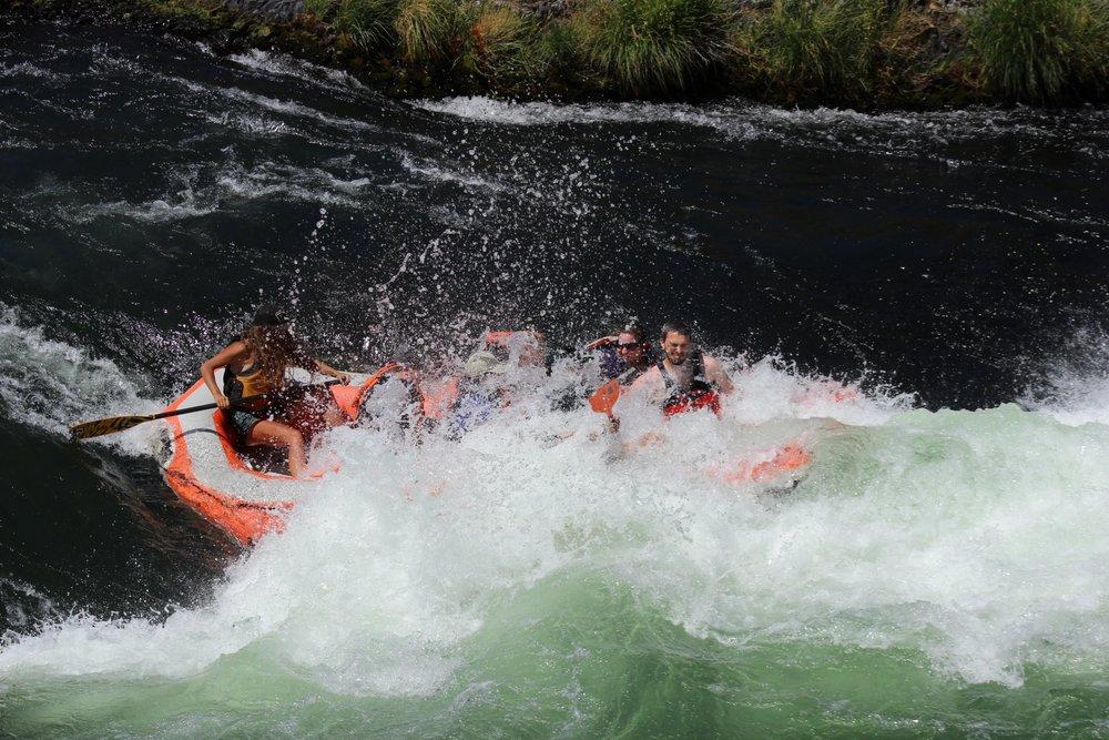 Deschutes rafting5.jpg
