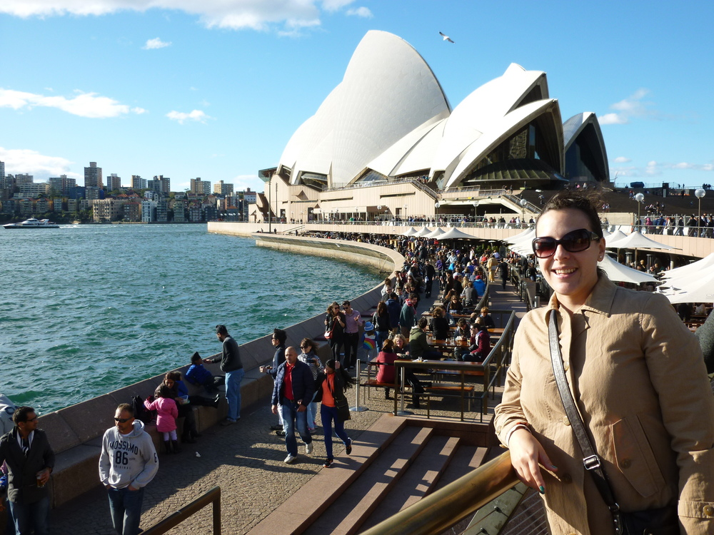 Mariela with the Sydney Opera House