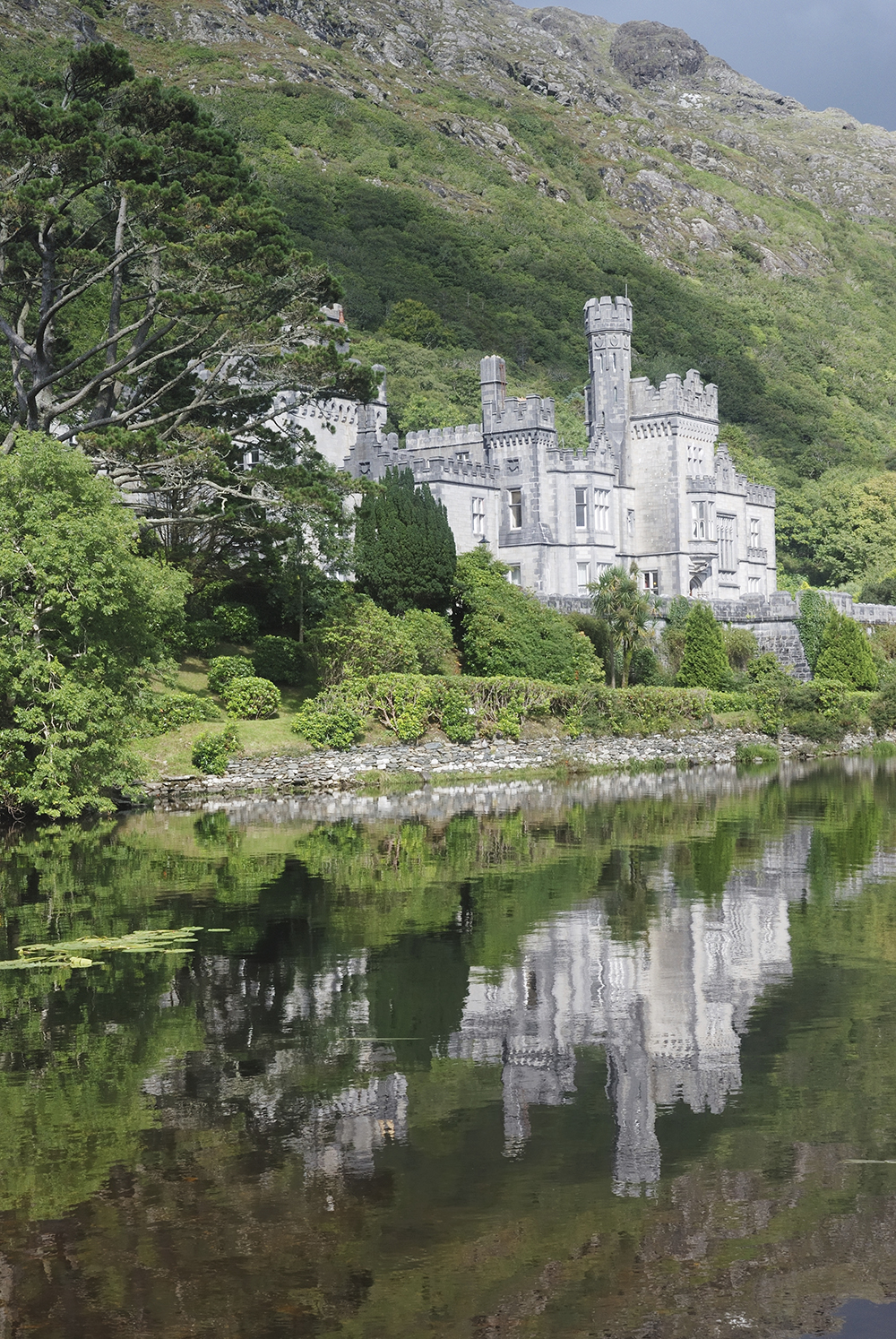 Kylemore Abbey, Co Dublin, Ireland