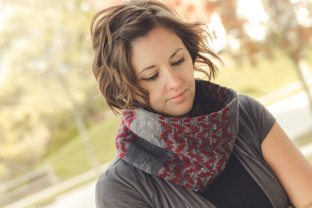 Flambeau cowl, short loop version, in Luna Grey Orion, Charcoal and Cranberry