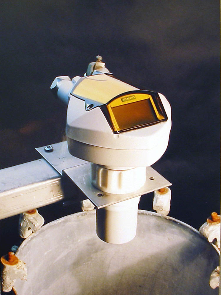 Volume measurement device, Siemens Milltronics. 2002