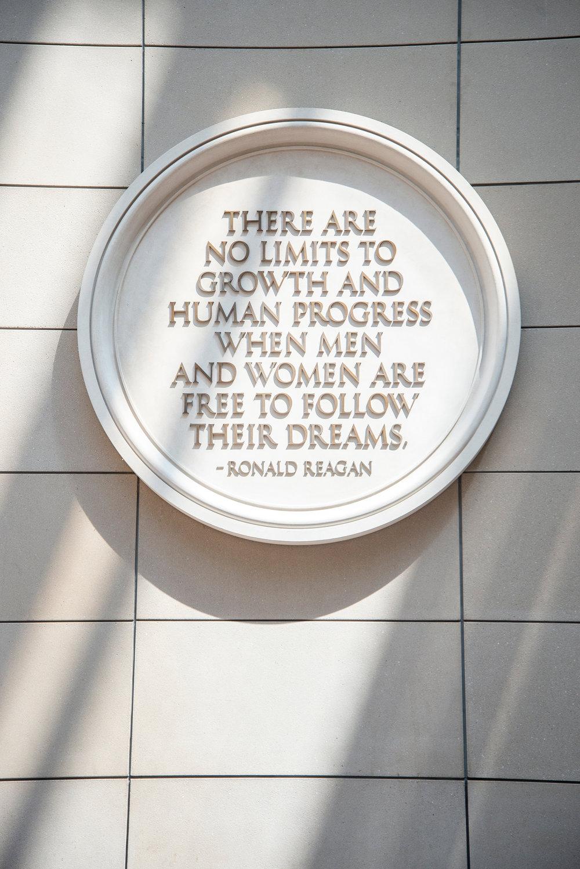 Guide to Washington D.C.: Regan Building