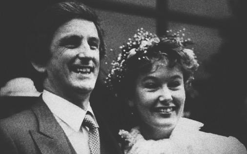Clive wziął ślub z Deborah zaledwie rok przed zachorowaniem.