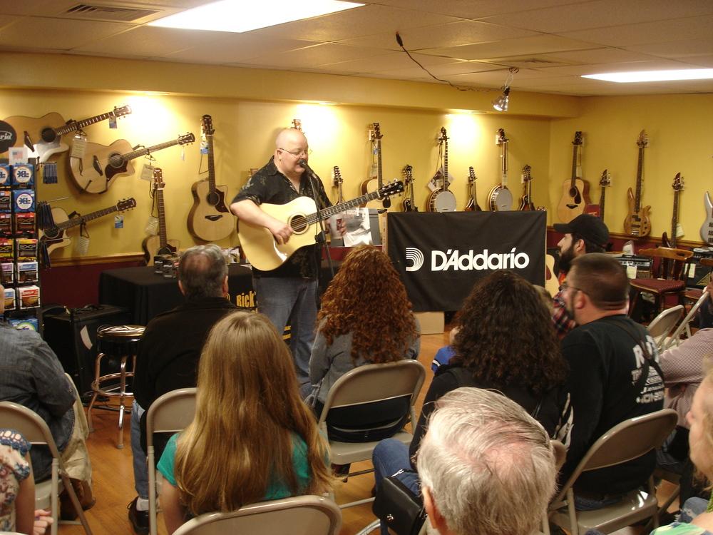 Rick's Musical Instruments | Cumberland, RI