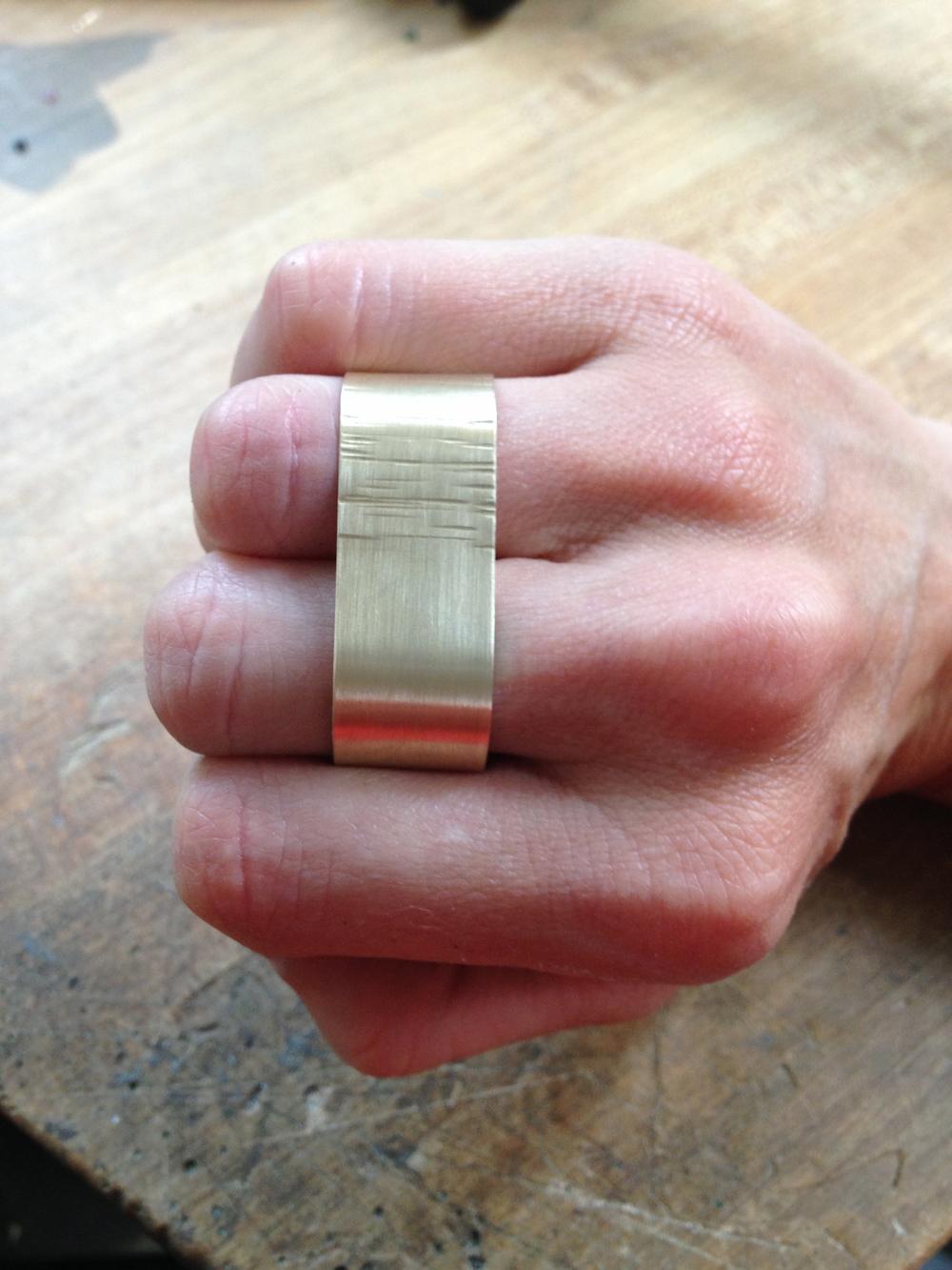 Two finger ring