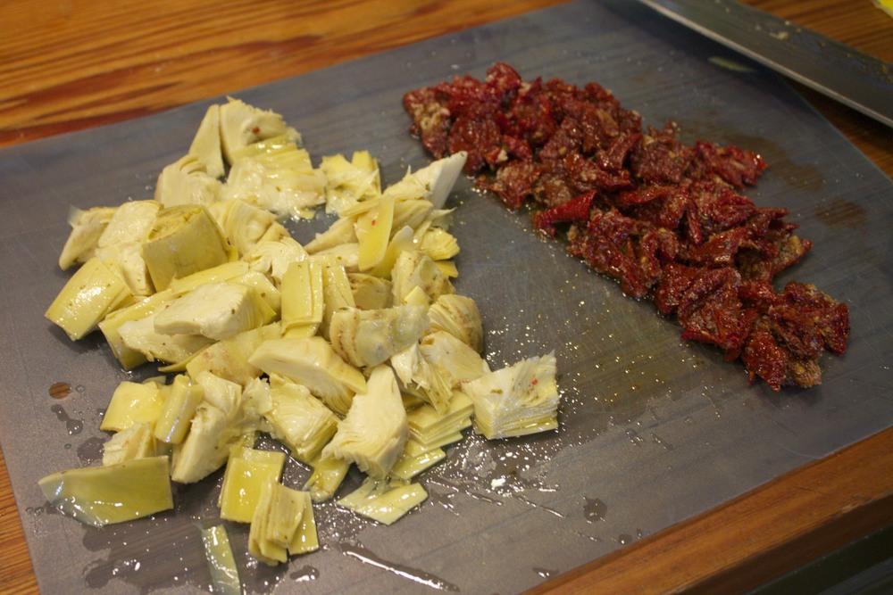 artichoke & sun-dried tomato pasta