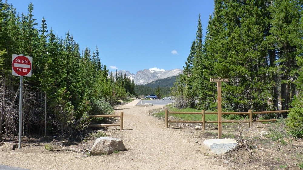 Foot trail to Brainard Lake