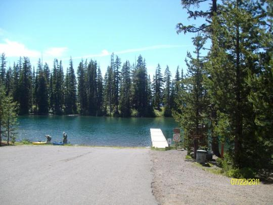 Boat ramp in North Waldo Campground near Oakridge, OR