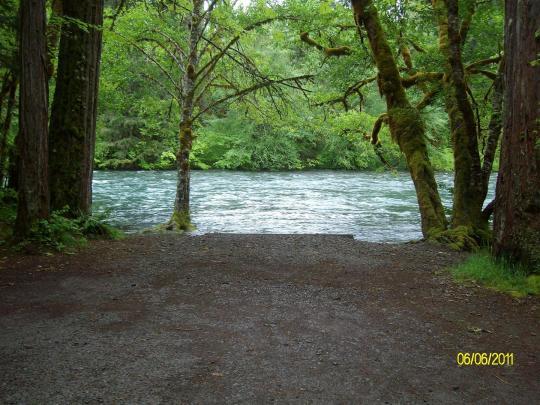 McKenzie River camping