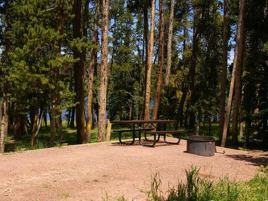 MarshLake-campsite.jpg