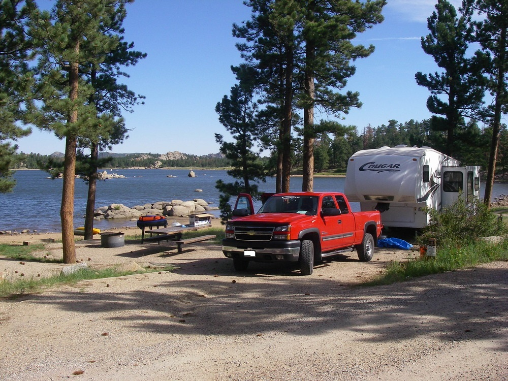 American land leisure canyon lakes ranger district for Camping and fishing in colorado