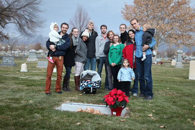 Visiting Michelle's grave in Utah during Thanksgiving.