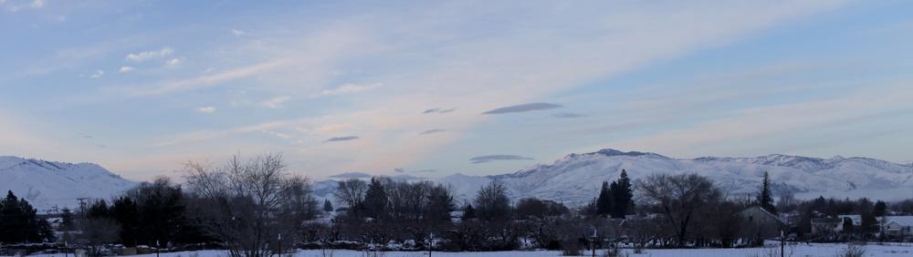 The Cascade mountain range on the backdrop of Appleyard, Wenatchee.