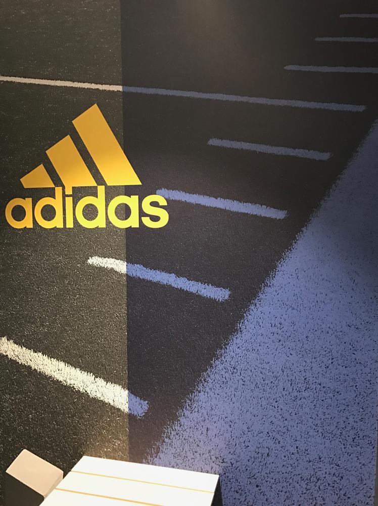 greg_parra_adidas_retail_graphics_9.jpg