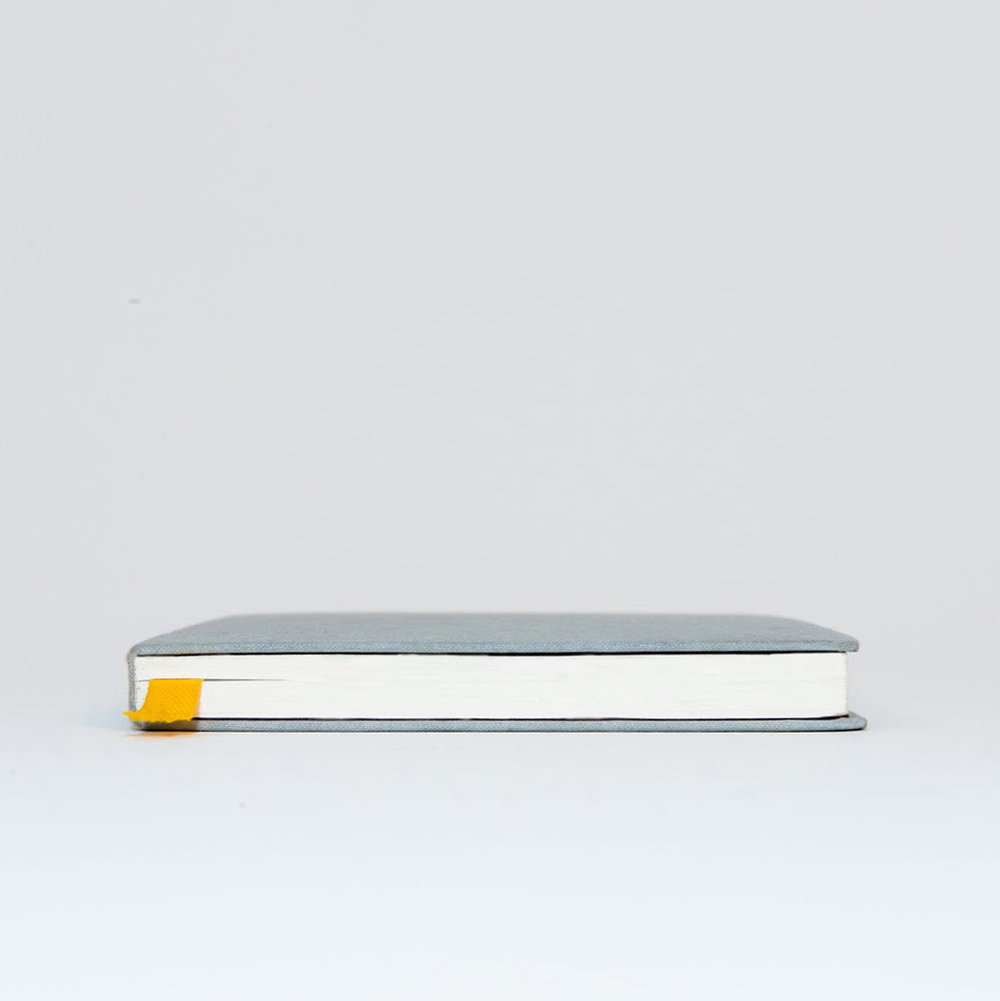 book_sideview_02.jpg