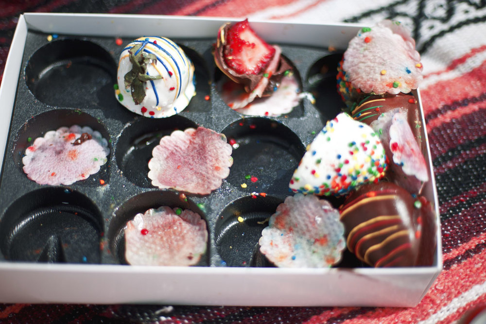 chocolate-sprinkle-strawberry.jpg