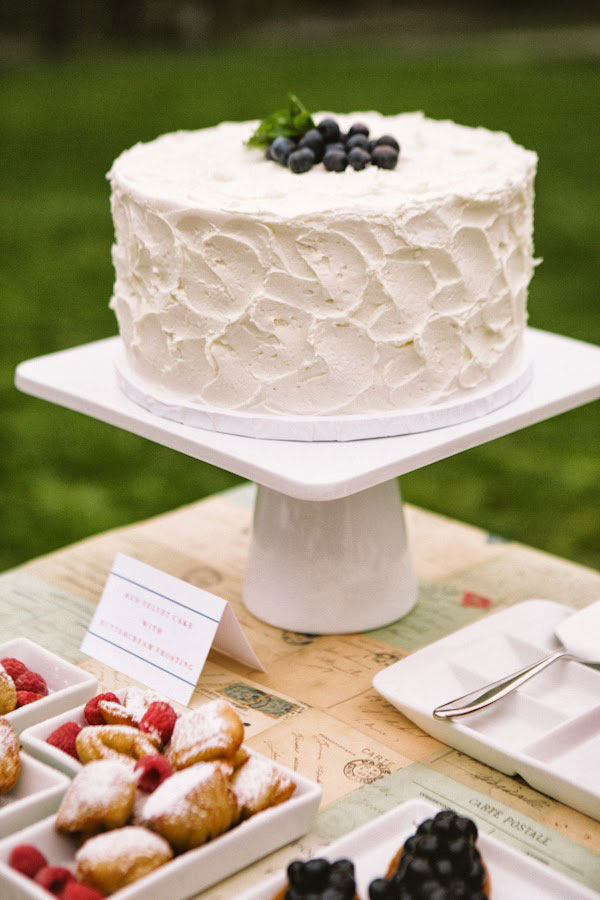 Bastille_Day_July_4th_Red_White_Blue_Wedding_Peach_Plum_Pear_Photography_5-v.jpg