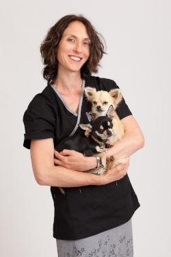 Veterinarian Dr Terri Wilks, BA BVSc MANZCVSc